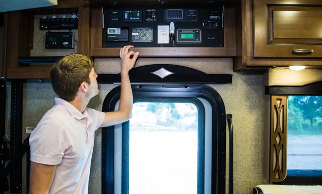 How To Work Rv Thermostat