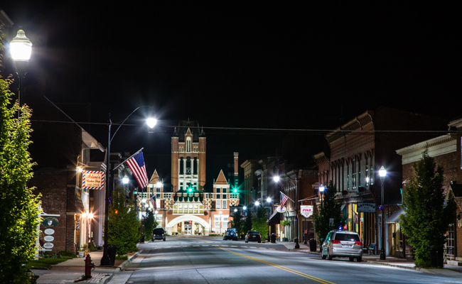 5 reasons to fall in love with bardstown kentucky downtown bardstown publicscrutiny Images