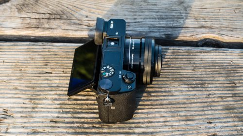 Sony Alpha a6 with 16-50mm Lens