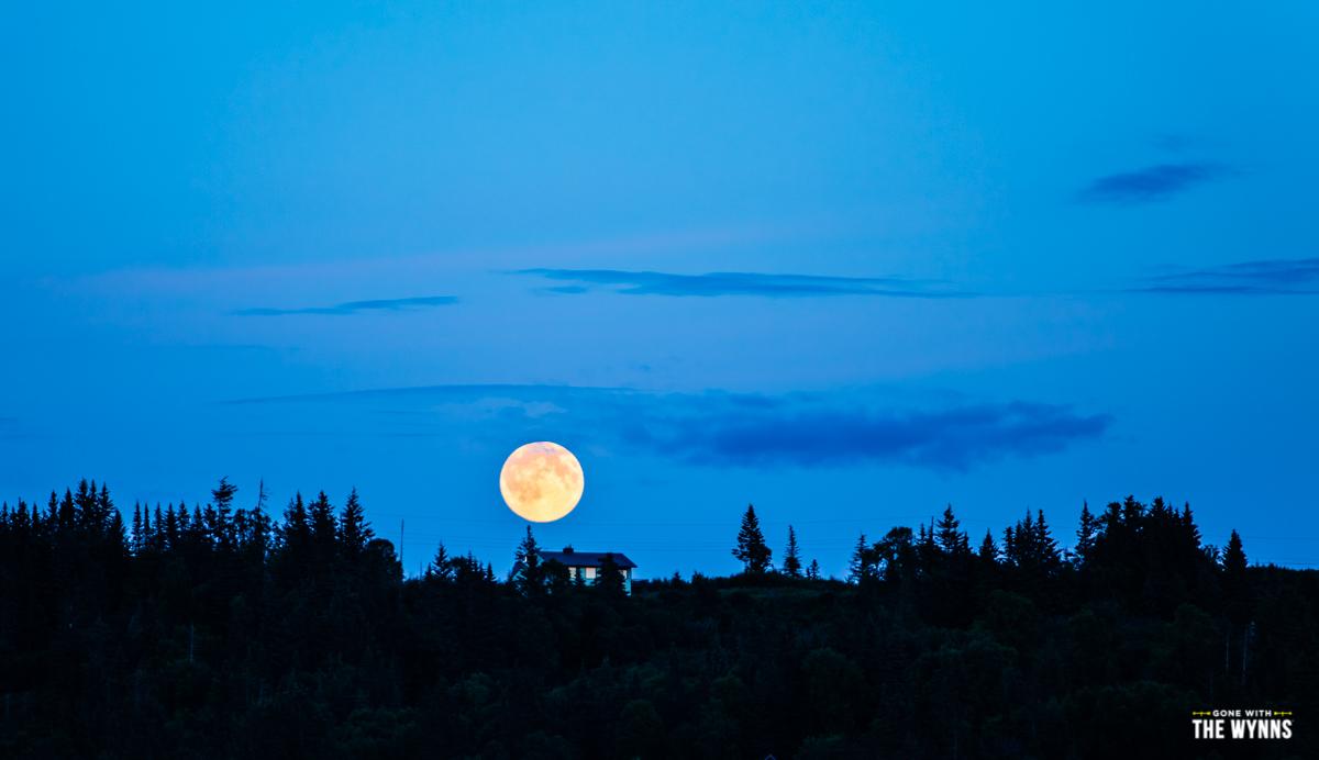 Ninilchick moonrise