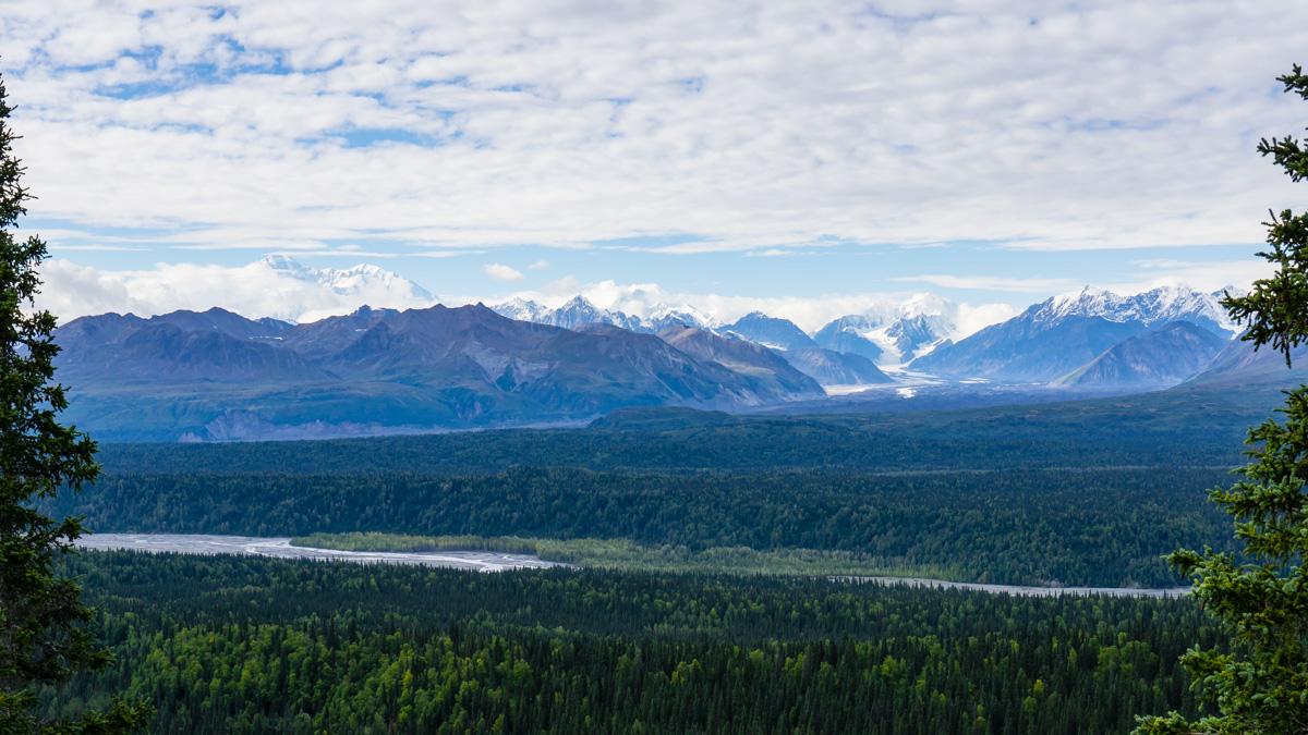 hiking Denali State Park Alaska