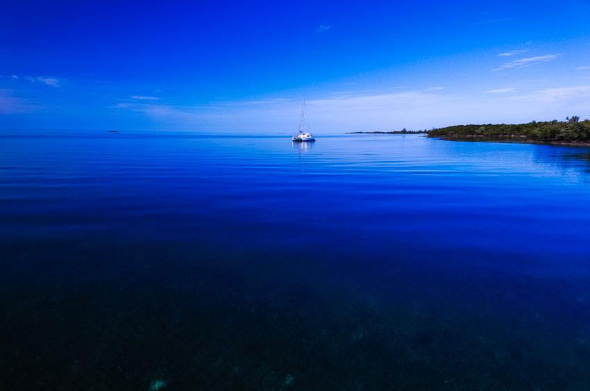 sailng Bahamas
