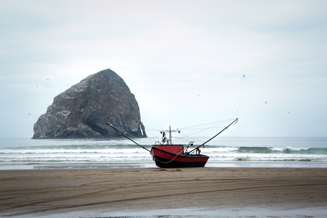 haystack rock and dory boat