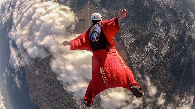 wingsuit diving