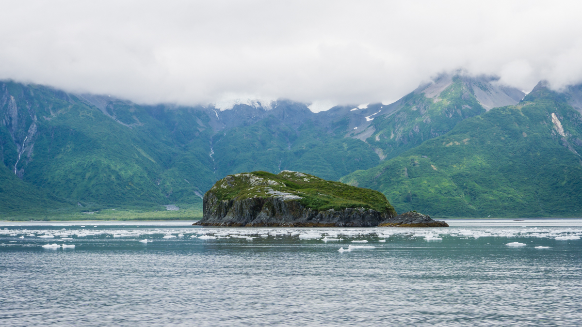 sightseeing sweard alaska by water