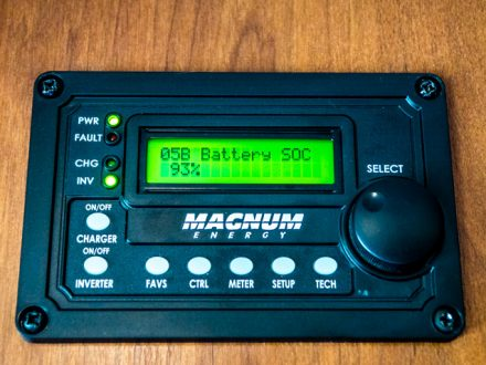 how to monitor RV battery