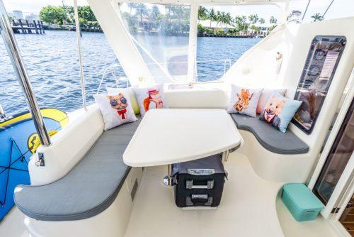 DIY sailboat makeover painting cushions