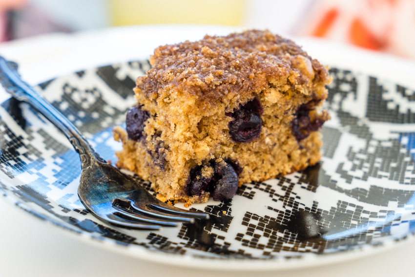 nikki wynn's blueberry coffeecake