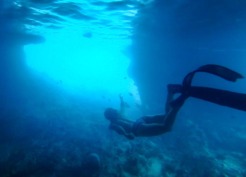 snorkeling thunderball grotto