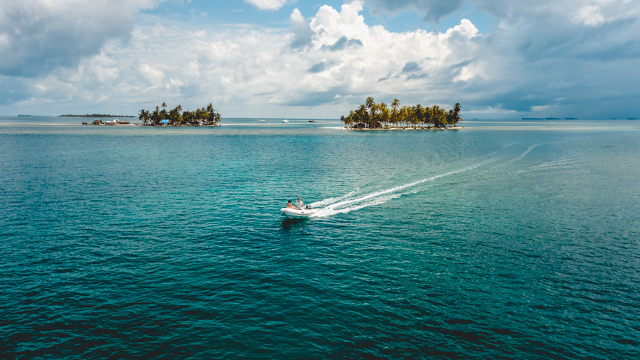 sailing and exploring san blas