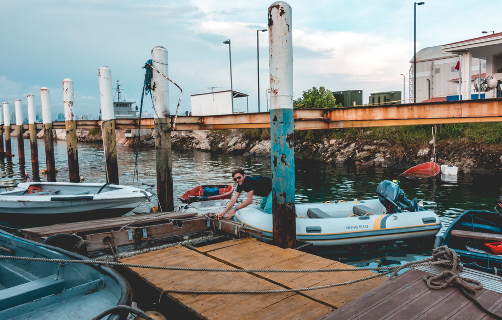 crazy tides and dinghy docks in Panama City