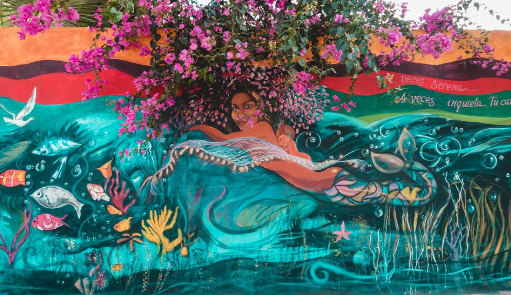 Bahia De Caraquez Street Art
