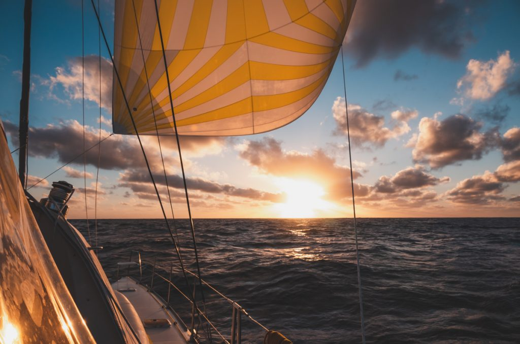life at sea sailing across the pacific ocean