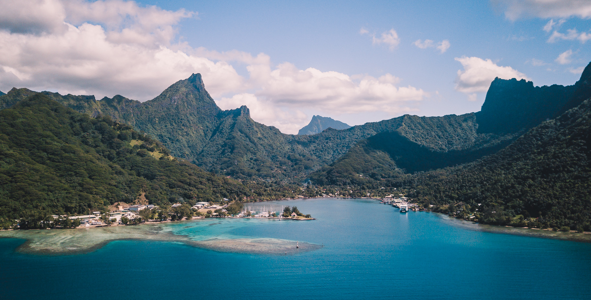striking drone shot of moorea french polynesia
