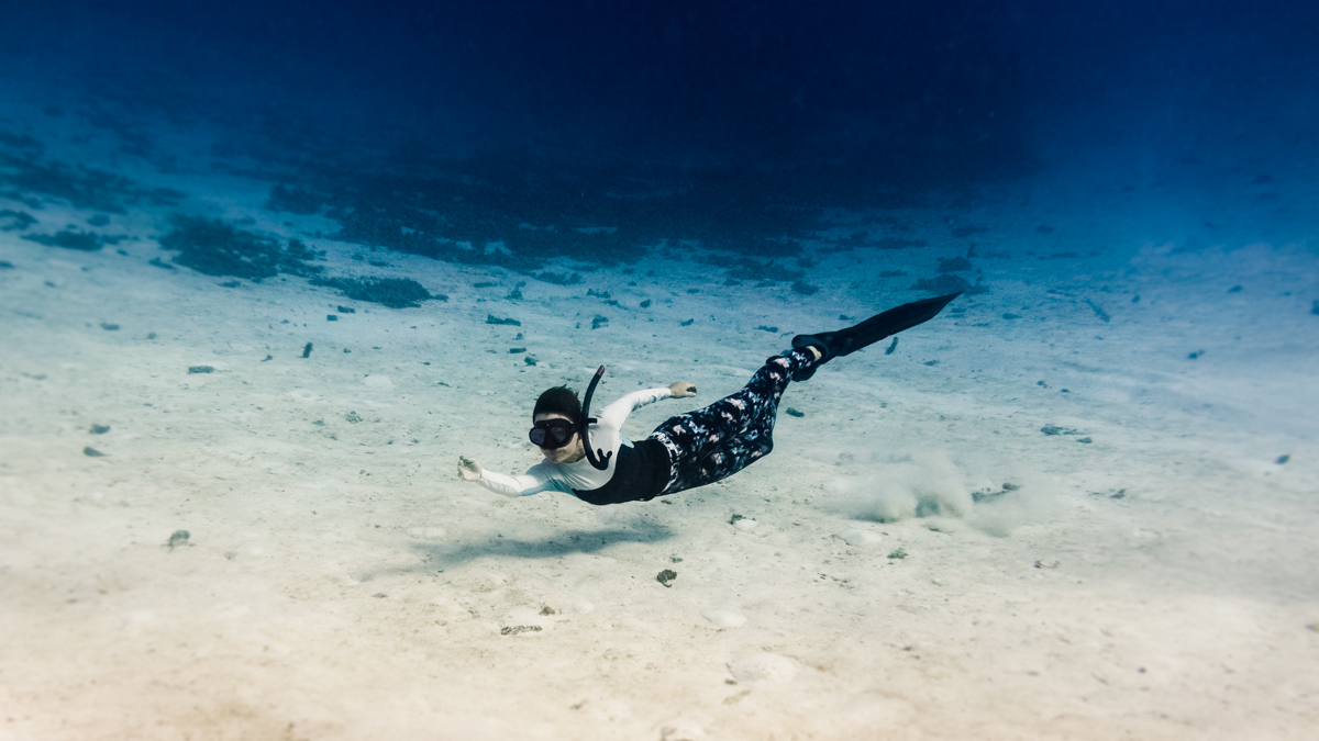 nikki wynn freediving adventures in the south pacific