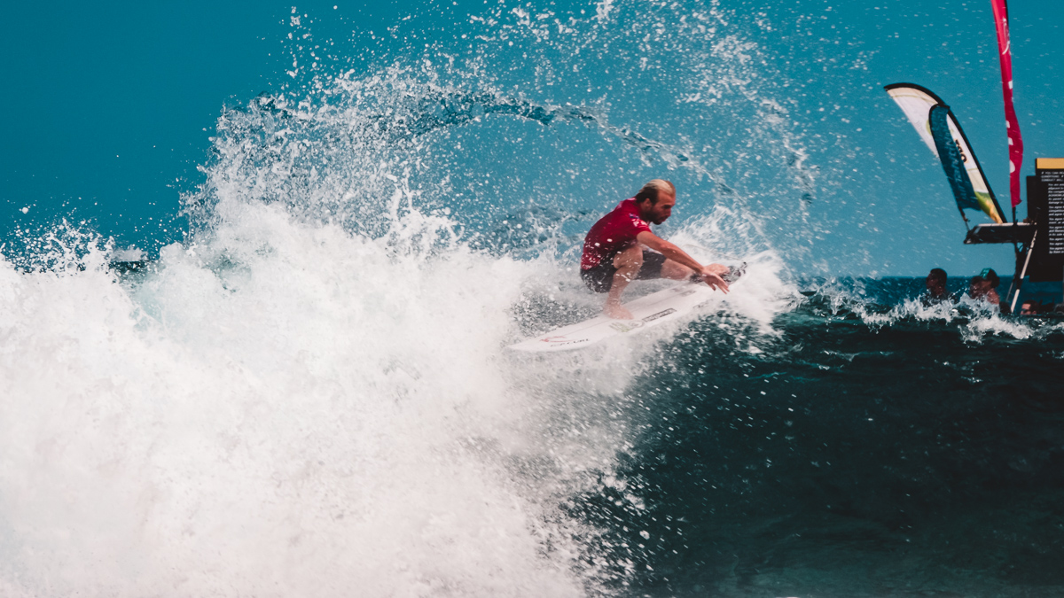 billabong tahiti pro surf competition