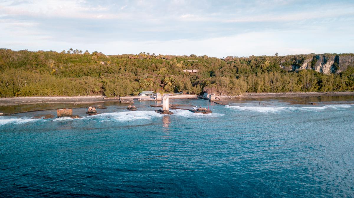 Sailing to Makatea in the Tuamotu archipelago