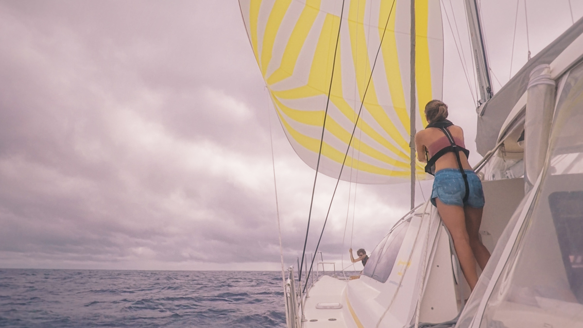 jason and nikki wynn sailing to Tahiti in the south pacific