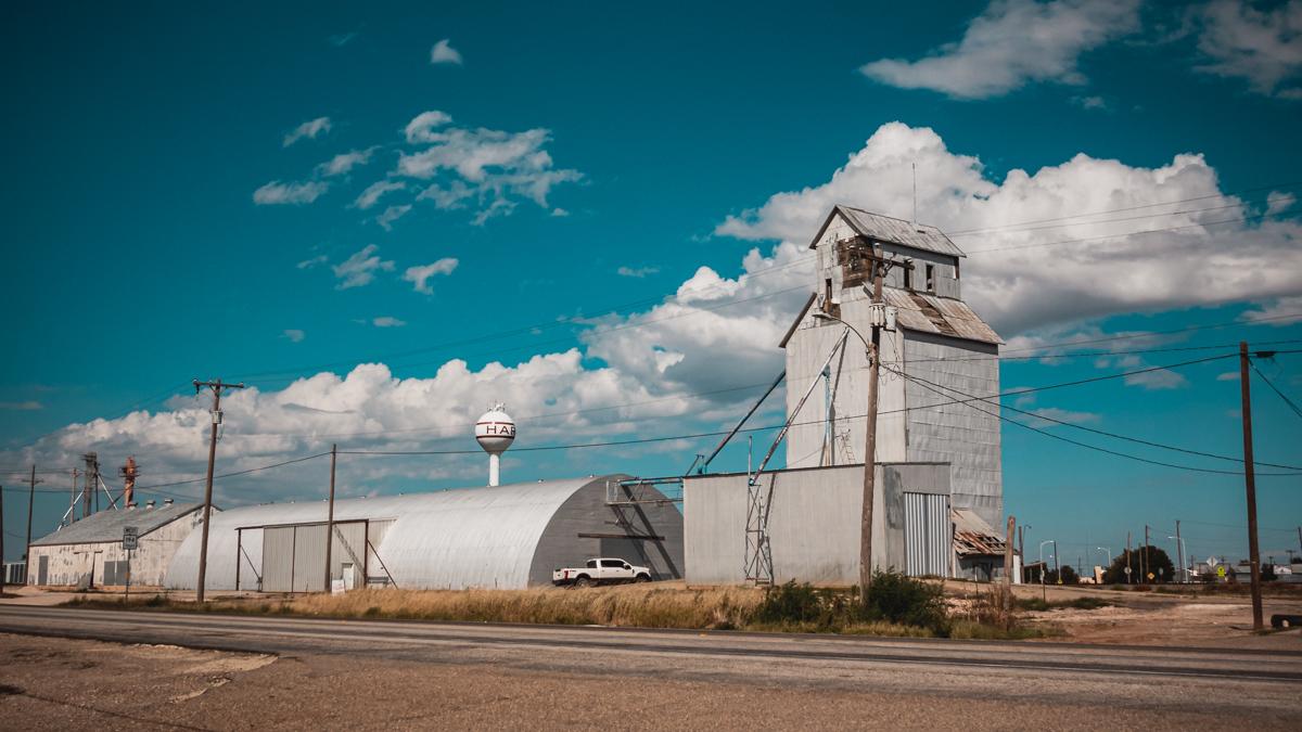 Hart, Texas hometown of Nikki Wynn