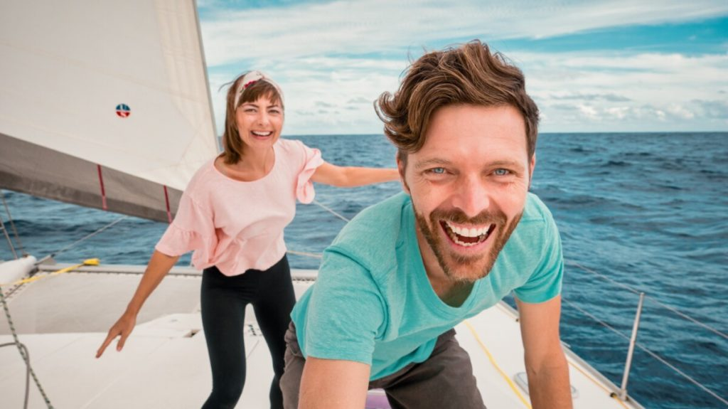 jason and nikki wynn living at sea